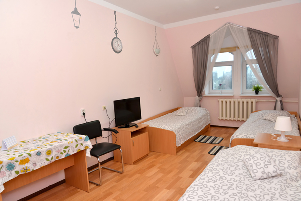 bedroom pink brown